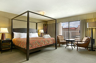 Polynesian Style Themed Hotel Room in the Ramada Kelowna Lodge