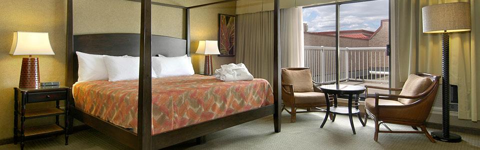 http://www.ramadalodgehotelkelowna.com/wp-content/uploads/2013/05/deluxe-room.jpg