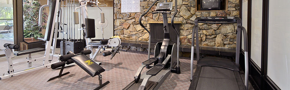 http://www.ramadalodgehotelkelowna.com/wp-content/uploads/2013/05/fitness.jpg