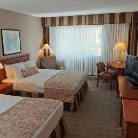 Ramada Lodge Kelowna Standard Room